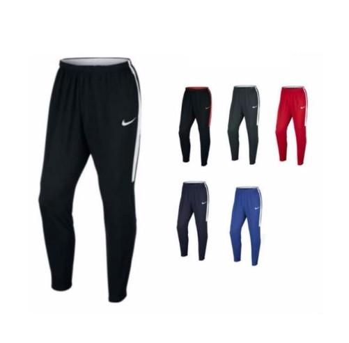 plus récent 7b5fa 3d93c Bas training Nike - modèle STRIKE